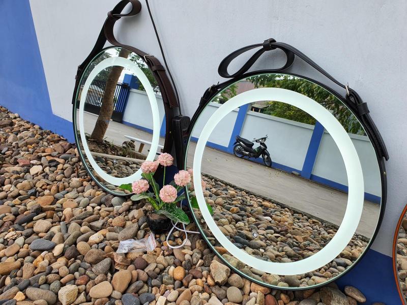 Gương Treo Đèn Cảm Ứng D50 cm