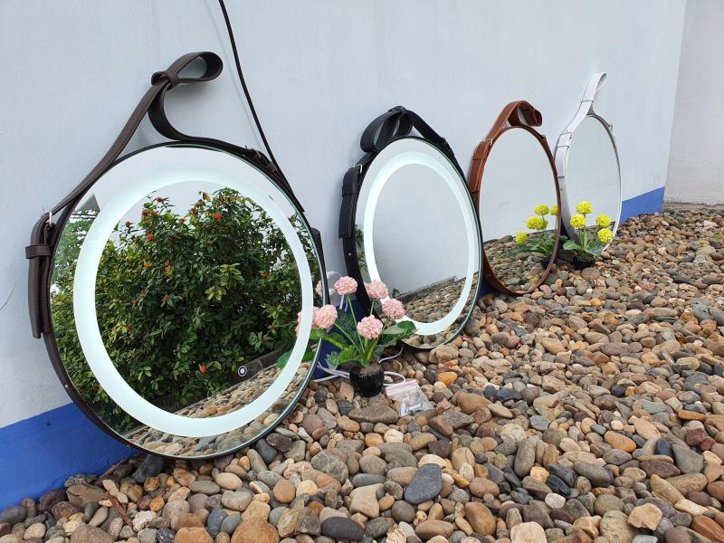 Gương Treo Đèn Cảm Ứng D60 cm